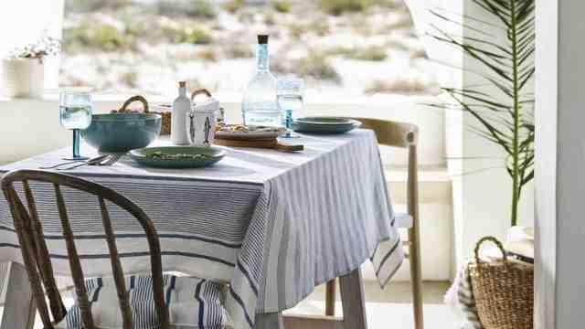 Quelle déco sur une table de salle à manger ?